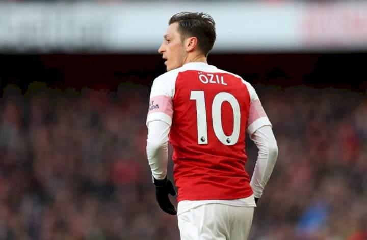 EPL: Arsenal confirms player to take Ozil's no. 10 shirt