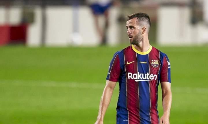 Barcelona offer Miralem Pjanic in exchange deal for Chelsea star