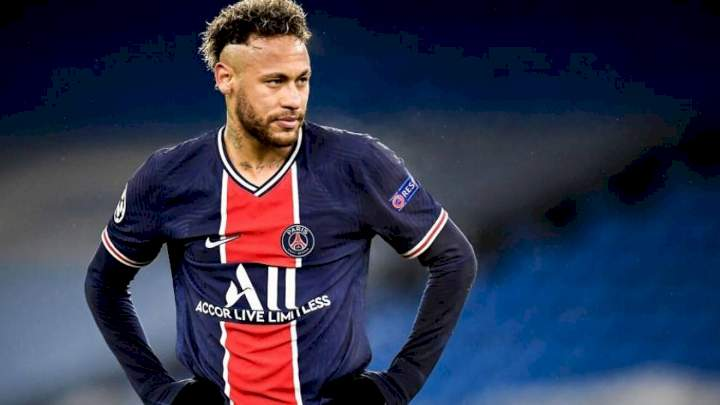 Barcelona angry with Neymar after he signs new five-year PSG deal