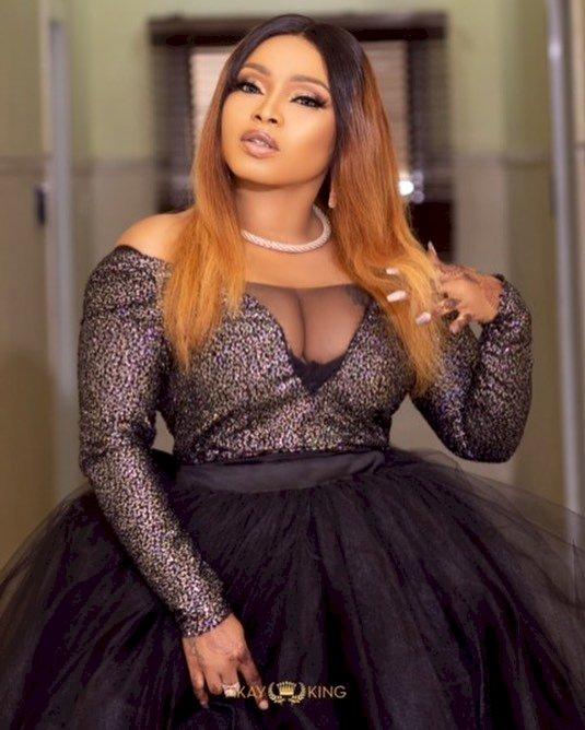 """Everything you said about your friends even about Tonto Dikeh are evil, yet I kept it"" - Halima Abubakar drags Bobrisky"