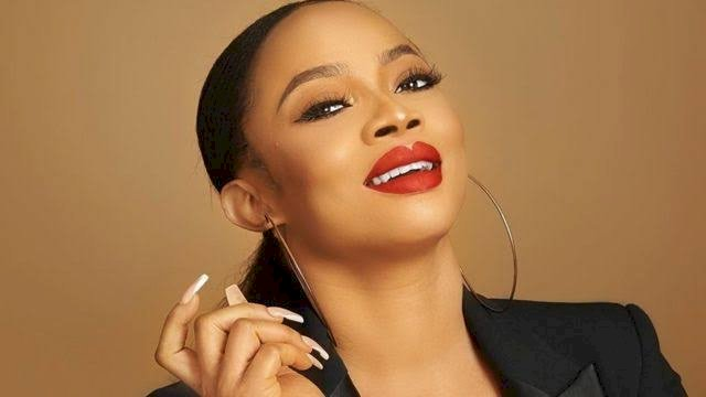 Toke Makinwa calls out fire department for coming 20 hrs after an emergency call