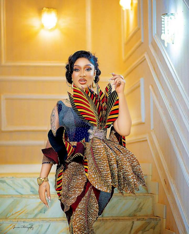 """""""Prince Kpokpogri is threatening to leak my nudes"""" - Tonto Dikeh cries out"""