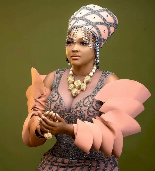 Nollywood actress Mercy Aigbe is engaged (photo)