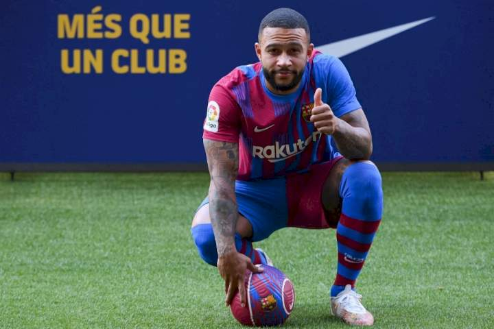 Memphis Depay sends message to Barcelona captain, Messi