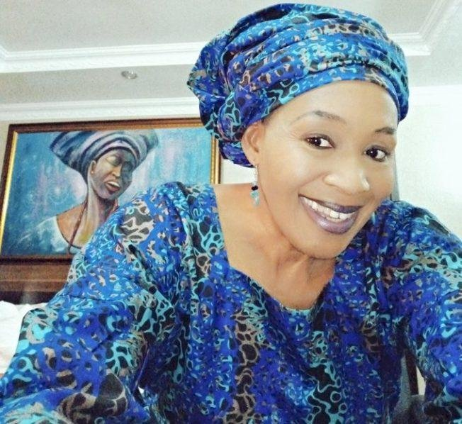 """""""Police once arrested her for defaulting a loan agreement"""" – Kemi Olunloyo lashes out at Linda Ikeji"""