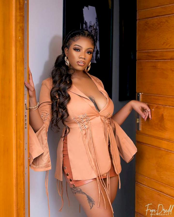 Reality star, Angel Smith slams troll who compared her to Maria Chike