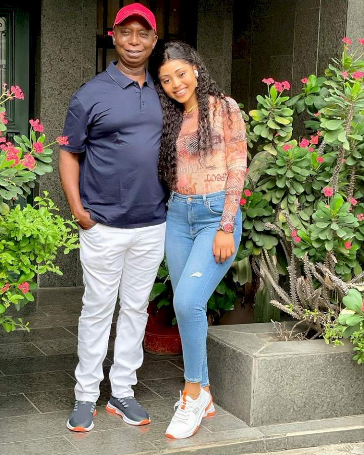 """""""My husband and women are 5 & 6"""" - Regina Daniels reacts after spotting Ned with two strangers (Video)"""