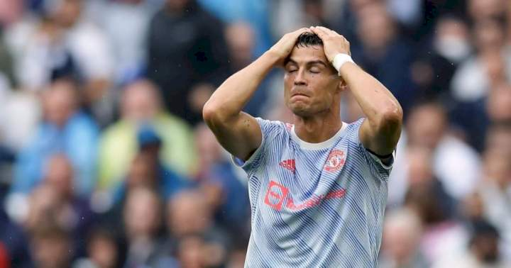 EPL: Ronaldo blamed for Fernandes' penalty miss in United 1-0 defeat to Aston Villa