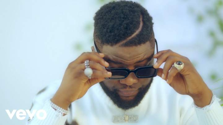 Skales - This Your Body (feat. Davido)